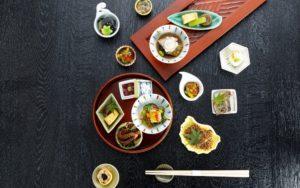 【梅田駅3分】うどんを名物に、こだわりの和食を堪能